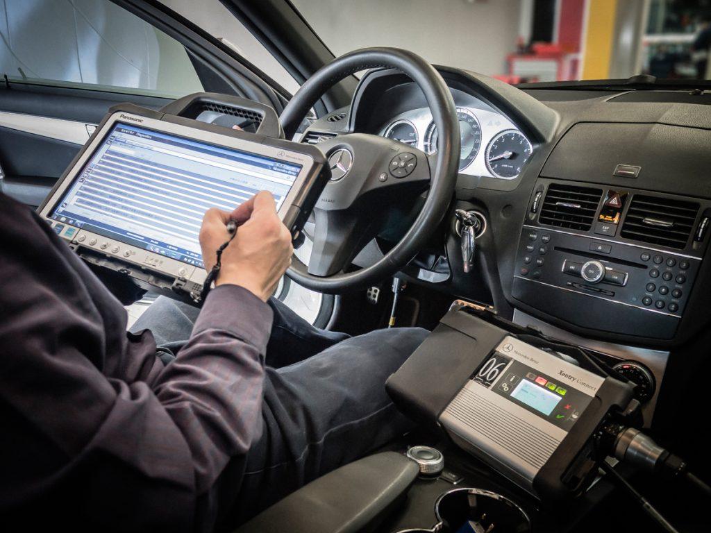 Когда стоит делать компьютерную диагностику автомобиля?