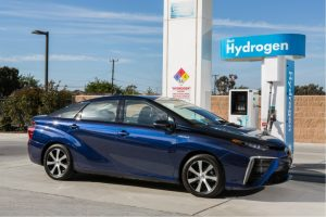 hydrogen-fuel-cell-vehicle-3